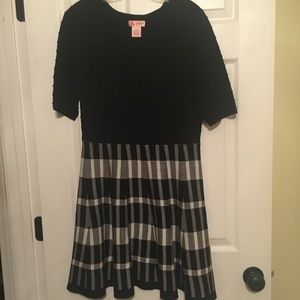 Juniors size Large Candies brand sweater dress